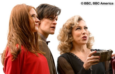 Amy, The Doctor, and River Song are looking for Angels